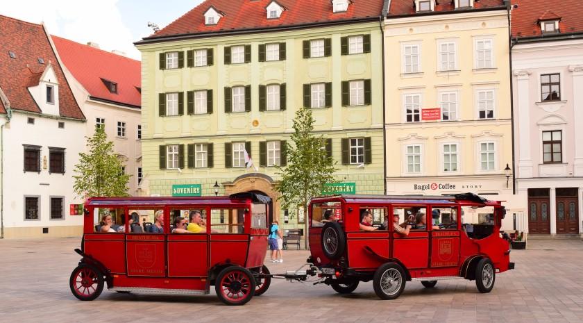 Bratislava City Tour | Julie's World